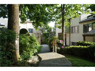 """Photo 15: 2749 ELLERSLIE Avenue in Burnaby: Montecito Townhouse for sale in """"CREEKSIDE"""" (Burnaby North)  : MLS®# V1065071"""