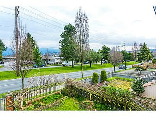 "Photo 3: 3128 E 1ST Avenue in Vancouver: Renfrew VE House for sale in ""RENFREW"" (Vancouver East)  : MLS®# V1108136"