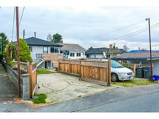 "Photo 19: 3128 E 1ST Avenue in Vancouver: Renfrew VE House for sale in ""RENFREW"" (Vancouver East)  : MLS®# V1108136"