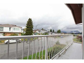 Photo 3: 46 ROSSER Avenue in Burnaby: Vancouver Heights House for sale (Burnaby North)  : MLS®# V1119245