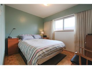 Photo 12: 46 ROSSER Avenue in Burnaby: Vancouver Heights House for sale (Burnaby North)  : MLS®# V1119245