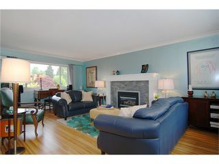 Photo 5: 42 MOUNT ROYAL Drive in Port Moody: College Park PM House for sale : MLS®# V1122354