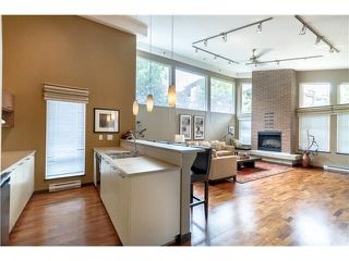 "Photo 4: 408 4783 DAWSON Street in Burnaby: Brentwood Park Condo for sale in ""COLLAGE"" (Burnaby North)  : MLS®# V1141834"