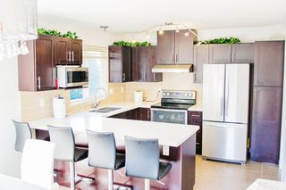 """Main Photo: 6 11910 90 Avenue in Delta: Annieville Townhouse for sale in """"LAKEWOOD PARK"""" (N. Delta)  : MLS®# R2077341"""