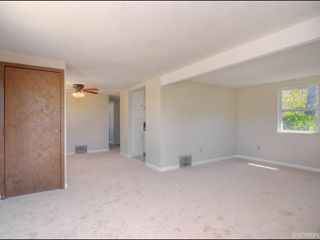 Photo 5: NATIONAL CITY House for sale : 3 bedrooms : 2657 Fenton Pl