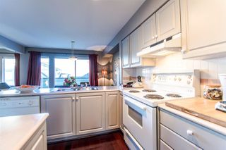 Photo 5: 10 10238 155A Street in Surrey: Guildford Townhouse for sale (North Surrey)  : MLS®# R2117062