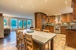Photo 2: 2607 SYLVAN Drive: Roberts Creek House for sale (Sunshine Coast)  : MLS®# R2130609