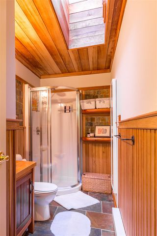 Photo 13: 2607 SYLVAN Drive: Roberts Creek House for sale (Sunshine Coast)  : MLS®# R2130609
