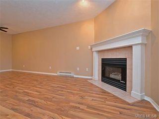 Photo 3: 204 898 Vernon Ave in VICTORIA: SE Swan Lake Condo for sale (Saanich East)  : MLS®# 753154