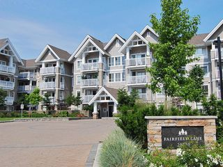 "Photo 15: 319 20750 DUNCAN Way in Langley: Langley City Condo for sale in ""FAIRFIELD LANE"" : MLS®# R2145506"