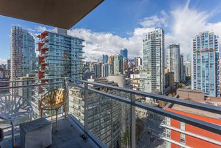 """Photo 10: 2003 1372 SEYMOUR Street in Vancouver: Downtown VW Condo for sale in """"THE MARK"""" (Vancouver West)  : MLS®# R2159400"""