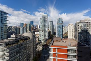 """Photo 8: 2003 1372 SEYMOUR Street in Vancouver: Downtown VW Condo for sale in """"THE MARK"""" (Vancouver West)  : MLS®# R2159400"""