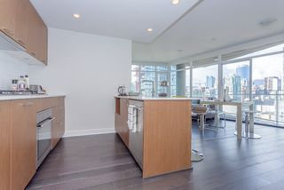 """Photo 13: 2003 1372 SEYMOUR Street in Vancouver: Downtown VW Condo for sale in """"THE MARK"""" (Vancouver West)  : MLS®# R2159400"""