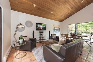 "Photo 7: 3545 W 50TH Avenue in Vancouver: Southlands House for sale in ""SOUTHLANDS"" (Vancouver West)  : MLS®# R2176532"
