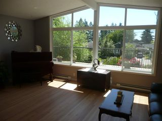Photo 3: 942 CAITHNESS Crescent in Port Moody: Glenayre House for sale : MLS®# R2178339