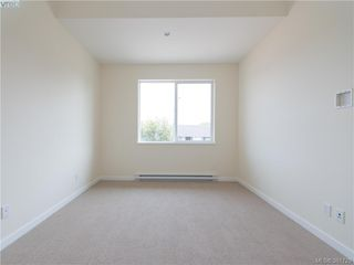 Photo 10: 490 South Joffre St in VICTORIA: Es Saxe Point Half Duplex for sale (Esquimalt)  : MLS®# 766804