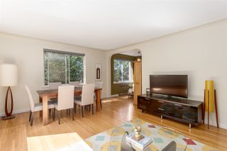 "Photo 7: 202 985 JERVIS Street in Vancouver: West End VW Condo for sale in ""SHERWOOD LODGE"" (Vancouver West)  : MLS®# R2202324"