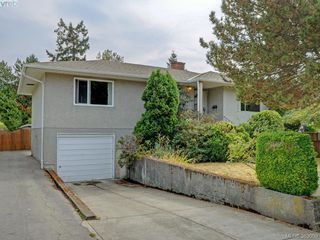 Photo 1: 2837 Admirals Road in VICTORIA: SW Gorge Single Family Detached for sale (Saanich West)  : MLS®# 383009