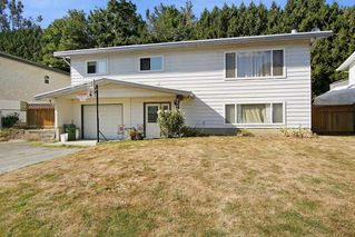 Photo 1: 45419 MCINTOSH Drive in Chilliwack: Chilliwack W Young-Well House for sale : MLS®# R2205456