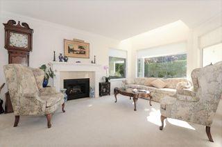 "Photo 3: 104 1225 MERKLIN Street: White Rock Townhouse for sale in ""Englesea Manor II"" (South Surrey White Rock)  : MLS®# R2212484"