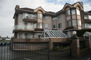 Photo 1: 101 32669 George Ferguson Way in Abbotsford: Abbotsford West Condo for sale : MLS®# R2216022