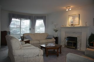 Photo 5: 101 32669 George Ferguson Way in Abbotsford: Abbotsford West Condo for sale : MLS®# R2216022