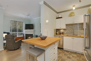 "Photo 5: 103 5475 201 Street in Langley: Langley City Condo for sale in ""HERITAGE PARK"" : MLS®# R2218113"