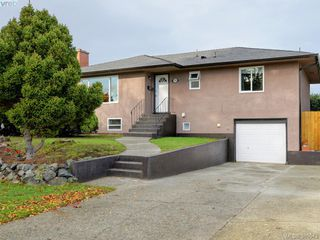 Photo 20: 1720 Taylor St in VICTORIA: SE Camosun House for sale (Saanich East)  : MLS®# 774725