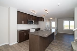 Photo 2: 331 Delainey Manor in Saskatoon: Brighton Residential for sale : MLS®# SK714550