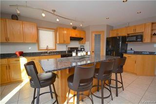 Photo 3: 74 Baytree Court in Winnipeg: Linden Woods Residential for sale (1M)  : MLS®# 1803432
