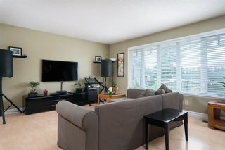 Photo 2: 33420 HUGGINS Avenue in Abbotsford: Central Abbotsford House for sale : MLS®# R2241472