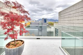 "Photo 19: PH 704 428 W 8TH Avenue in Vancouver: Mount Pleasant VW Condo for sale in ""XL LOFTS"" (Vancouver West)  : MLS®# R2265989"