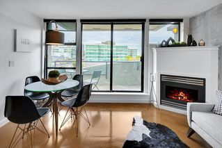 "Photo 3: PH 704 428 W 8TH Avenue in Vancouver: Mount Pleasant VW Condo for sale in ""XL LOFTS"" (Vancouver West)  : MLS®# R2265989"