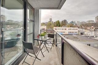 "Photo 16: PH 704 428 W 8TH Avenue in Vancouver: Mount Pleasant VW Condo for sale in ""XL LOFTS"" (Vancouver West)  : MLS®# R2265989"