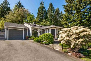 Photo 2: 1441 BRIARLYNN Crescent in North Vancouver: Westlynn House for sale : MLS®# R2268125