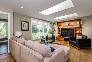 Photo 3: 1441 BRIARLYNN Crescent in North Vancouver: Westlynn House for sale : MLS®# R2268125