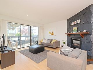 Photo 5: 1809 GREER Avenue in Vancouver: Kitsilano Townhouse for sale (Vancouver West)  : MLS®# R2286195