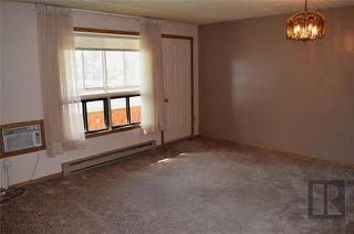 Photo 2: 206 9 Arden Avenue in Winnipeg: Pulberry Condominium for sale (2C)  : MLS®# 1821719
