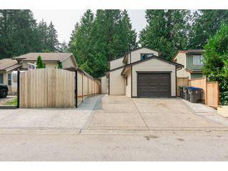 """Photo 1: 10117 147A Street in Surrey: Guildford House for sale in """"Guildford"""" (North Surrey)  : MLS®# R2296762"""