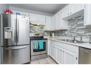 """Photo 9: 10117 147A Street in Surrey: Guildford House for sale in """"Guildford"""" (North Surrey)  : MLS®# R2296762"""