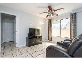 """Photo 6: 10117 147A Street in Surrey: Guildford House for sale in """"Guildford"""" (North Surrey)  : MLS®# R2296762"""
