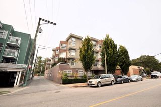 "Photo 1: 406 8915 HUDSON Street in Vancouver: Marpole Condo for sale in ""HUDSON MEWS"" (Vancouver West)  : MLS®# R2298877"