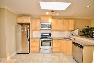 "Photo 2: 406 8915 HUDSON Street in Vancouver: Marpole Condo for sale in ""HUDSON MEWS"" (Vancouver West)  : MLS®# R2298877"