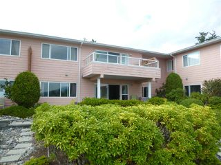 "Photo 2:  in Sechelt: Sechelt District Townhouse for sale in ""PORT STALASHEN"" (Sunshine Coast)  : MLS®# R2300426"