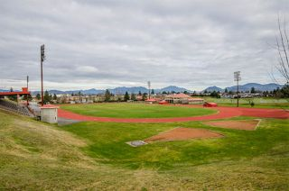 "Photo 14: 101 33412 TESSARO Crescent in Abbotsford: Central Abbotsford Condo for sale in ""Tessaro Villa"" : MLS®# R2334643"
