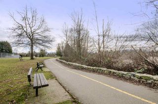 "Photo 20: 101 33412 TESSARO Crescent in Abbotsford: Central Abbotsford Condo for sale in ""Tessaro Villa"" : MLS®# R2334643"