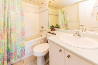 """Photo 17: 318 22022 49 Avenue in Langley: Murrayville Condo for sale in """"MURRAY GREEN"""" : MLS®# R2336851"""
