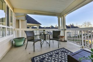 """Photo 12: 318 22022 49 Avenue in Langley: Murrayville Condo for sale in """"MURRAY GREEN"""" : MLS®# R2336851"""