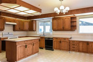 Photo 6: 10 RUNNING CREEK Point in Edmonton: Zone 16 House for sale : MLS®# E4142603