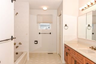 Photo 12: 10 RUNNING CREEK Point in Edmonton: Zone 16 House for sale : MLS®# E4142603